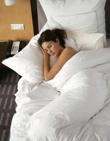 18种睡觉方式女人老的快